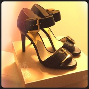 Gorgeous buckle strap Michael Kors high heels